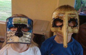 Mark & Nick return from Italy with Venetian masks for Cole & Ella