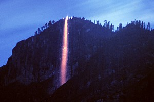 Yosemite fire fall - photo from the internet