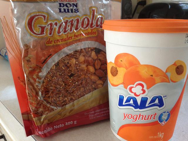 Granola and peach yogurt