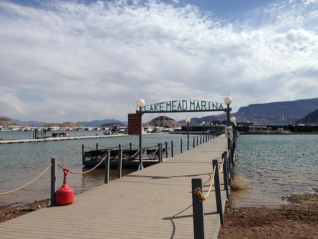 marina walk way
