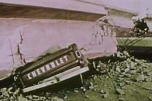 Earthquake_Documentary_1973_Crushed_Chevy-500x335